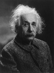 La vitesse de la lumière varie sous l'effet d'un champs magnétique - Page 2 180px-Albert_Einstein_1947