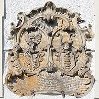 Armoiries d'alliance sur la façade du Rittergut de Schlottenhof, à Arzberg, en Bavière (Allemagne). (définition réelle 3061×3061)
