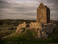 La tour de Smailholm, dans les Scottish Borders (Écosse). (définition réelle 4608×3456)